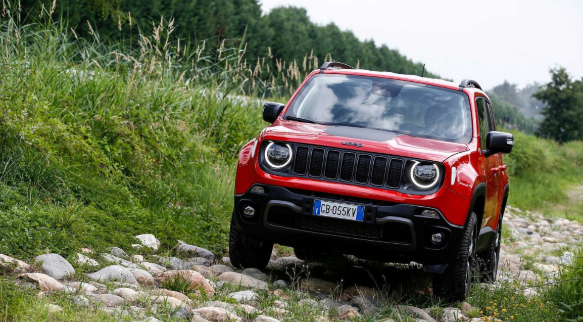 2022 Jeep Renegade 4Xe Review