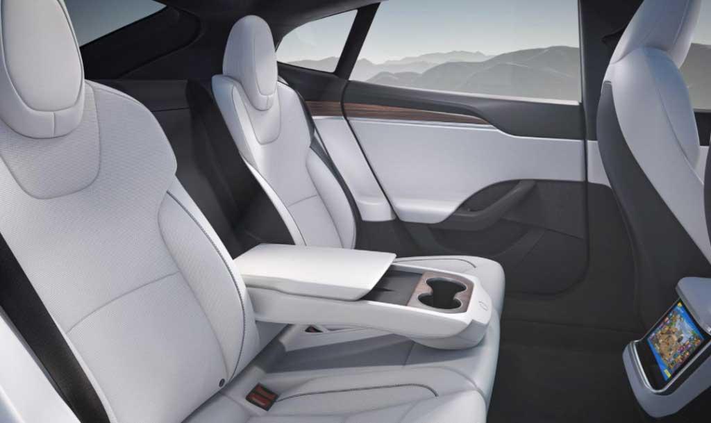 2022 Tesla Model 3 Long Range